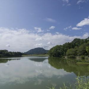 旗尾池湖畔